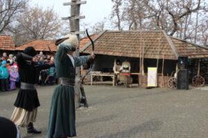 Запорожцы отметили Масленицу с плетями и выстрелами из пушек (ФОТОРЕПОРТАЖ)